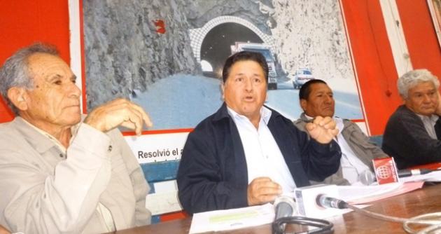 Dirigentes del Frente de Organizaciones Agrarias de la Provincia del Santa.